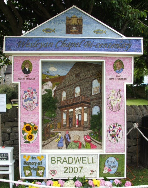 Bradwell 2007 - Church End Well Dressing