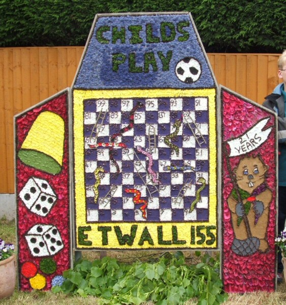 Etwall 2007 - Beavers Well Dressing