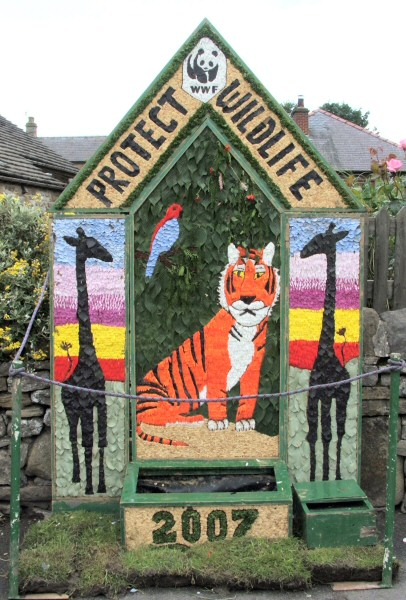 Hope 2007 - Edale Road Well Dressing
