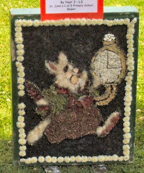 Belper 2008 - St John's C of E Primary School Well Dressing (12)