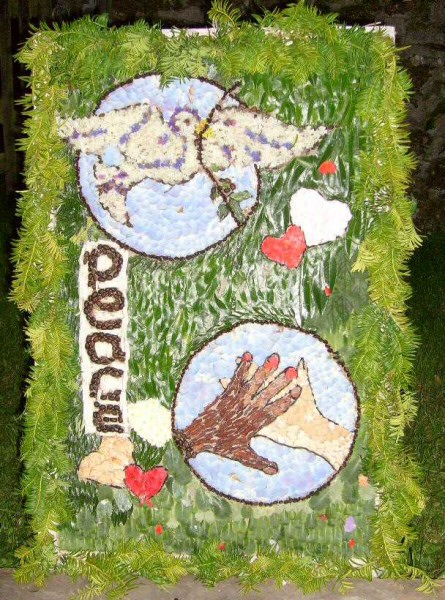 Grindon 2008 - Pinfold Well Dressing