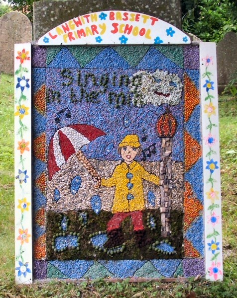 Upper Langwith 2008 - Langwith Bassett Primary School Well Dressing