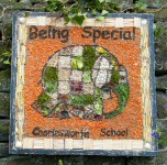 Charlesworth School Well Dressing (3)