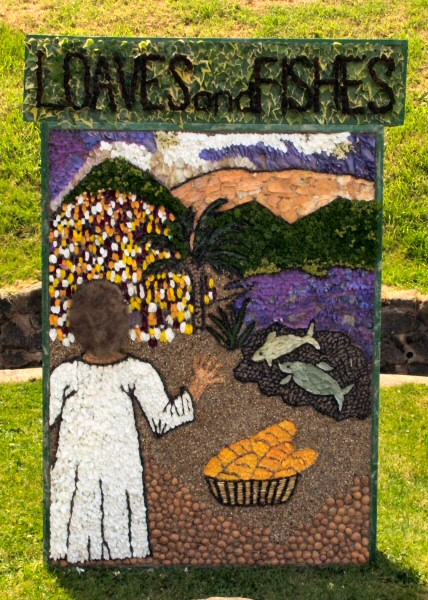 Kingstone 2009 - Village Spring Well Dressing
