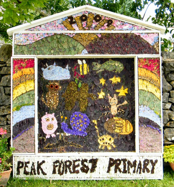 Peak Forest 2009 - Old Dam Well Dressing