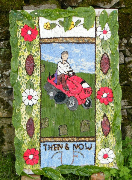 Grindon 2009 - Pinfold Well Dressing