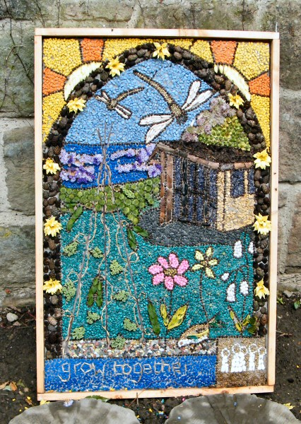 Shipley Country Park 2009 - Derby Lodge Well Dressing