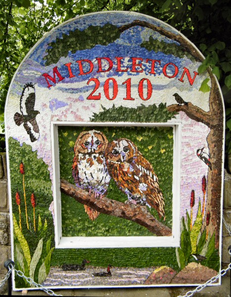 Middleton by Youlgrave 2010 - Village Well Dressing