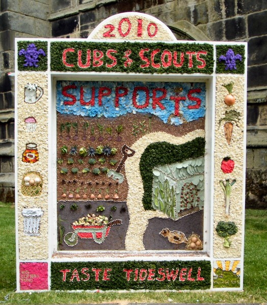 Tideswell 2010 - Cubs & Scouts Well Dressing