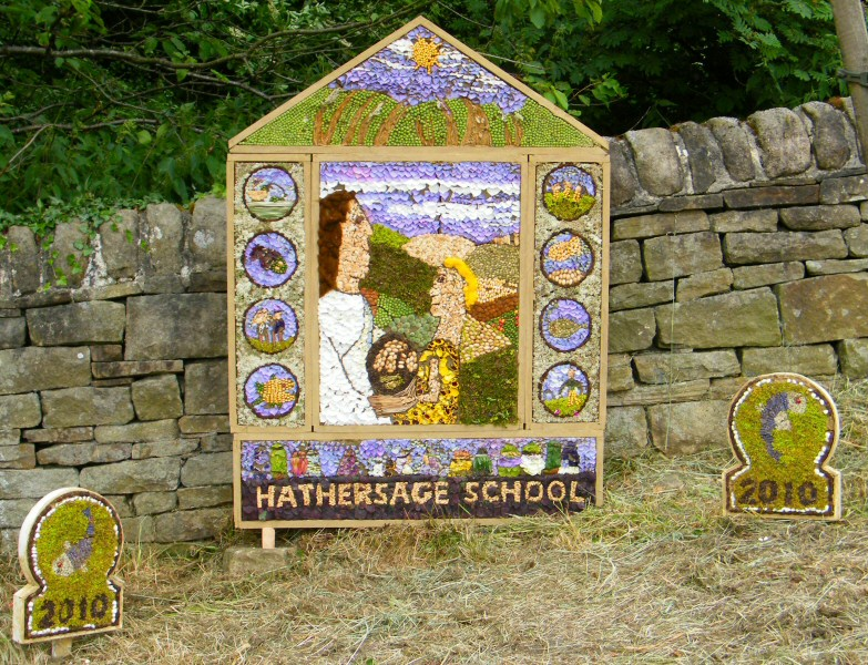 Hathersage 2010 - School Well Dressing