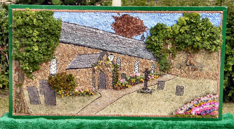 Belper 2010 - Girlie Wurlies Well Dressing