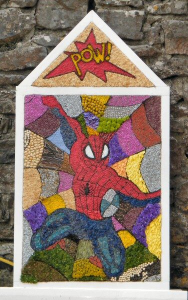 Little Longstone 2010 - Children's Well Dressing