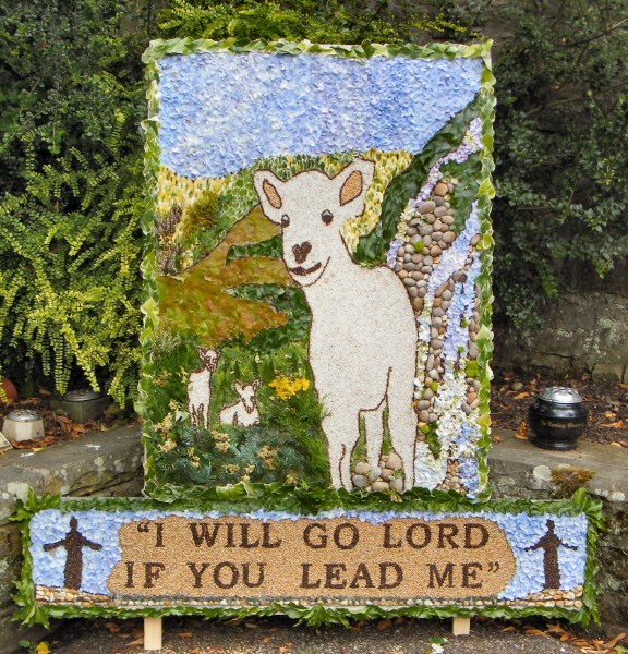 Compstall 2010 - St Paul's Church Well Dressing