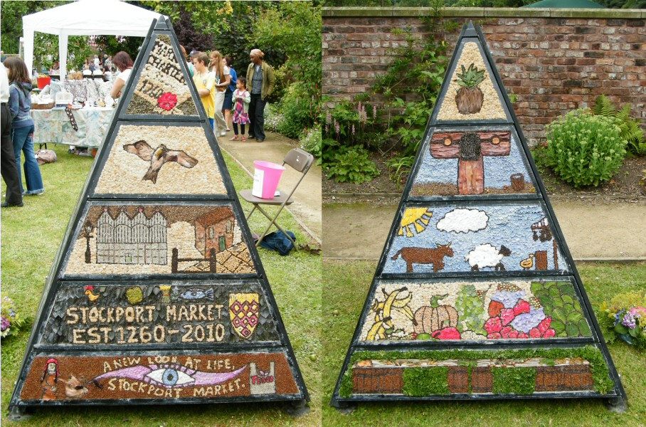 Chadkirk 2010 - Pyramid Well Dressing