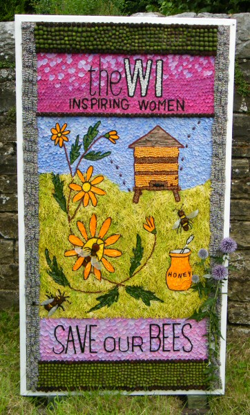 Wingerworth 2010 - Sheepwash Well Dressing (4)