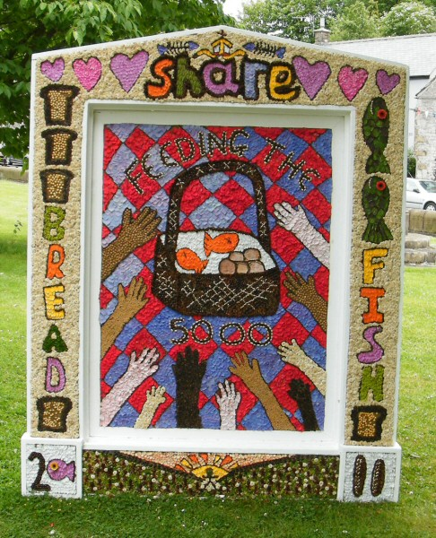 Tideswell 2011 - School Well Dressing