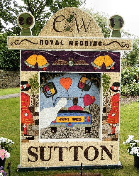 Sutton Lane Ends 2011 - The Pleasance Well Dressing