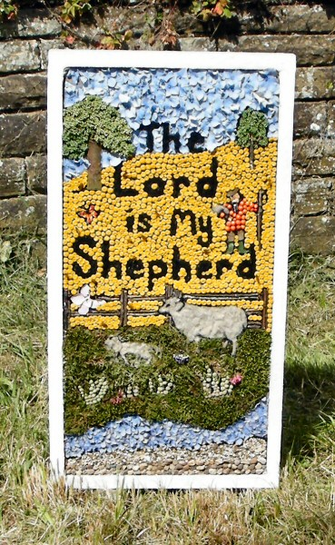 Wingerworth 2011 - Sheepwash Well Dressing (1)