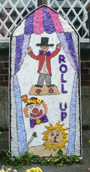 West Hallam 2011 - Scargill School Well Dressing