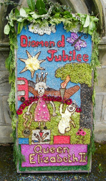 Horsley Woodhouse 2012 - Primary School Well Dressing (1)
