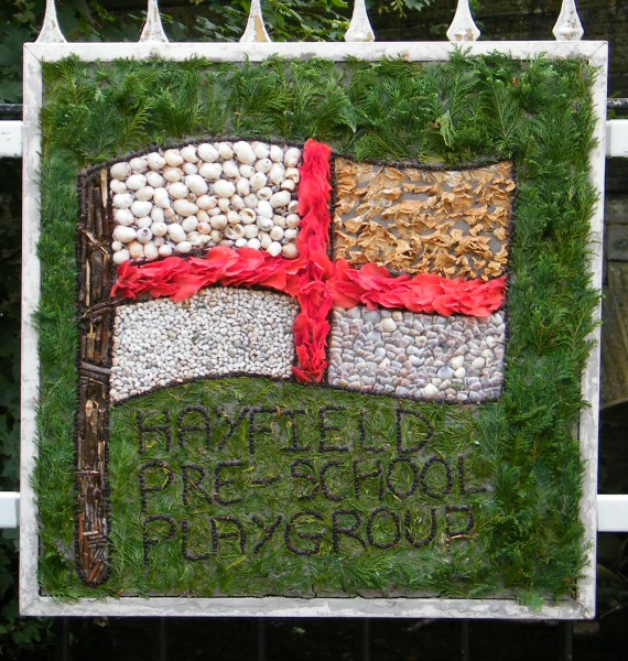 Hayfield 2012 - Pre-School Playgroup Well Dressing