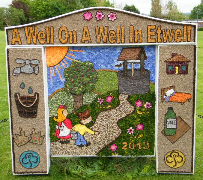 Etwall 2013 - Brownies Well Dressing