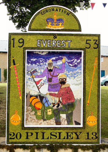 Pilsley (near Bakewell) 2013 - Main Well Dressing