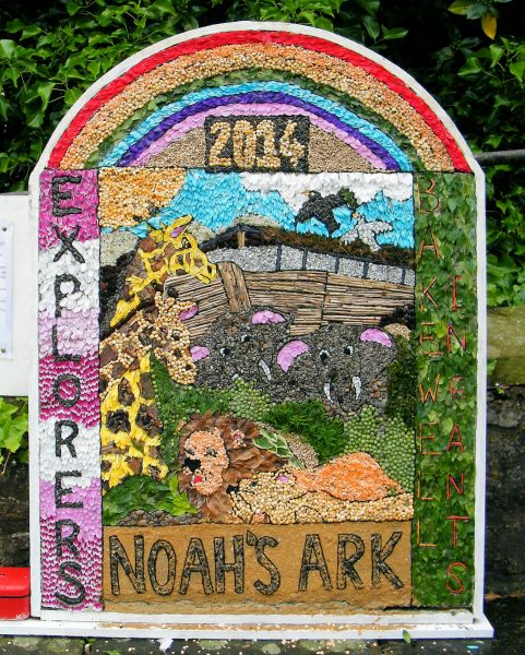 Bakewell 2014 - Bakewell CE Primary School & Explorers' Well Dressing