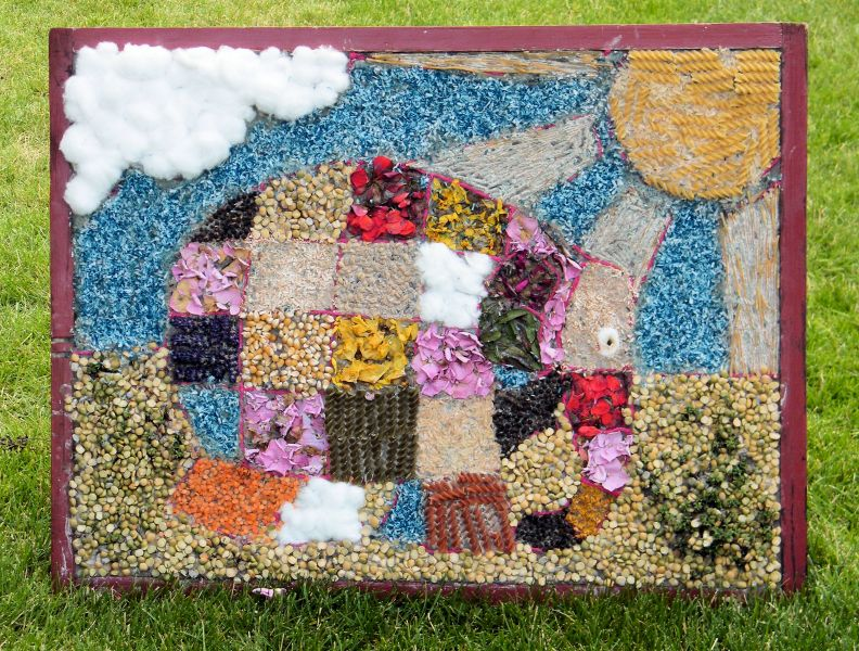 Aston-upon-Trent 2014 - Aston Pre-School Well Dressing