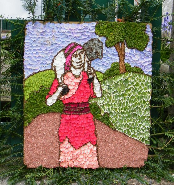 Tissington 2015 - Louise's Well Dressing