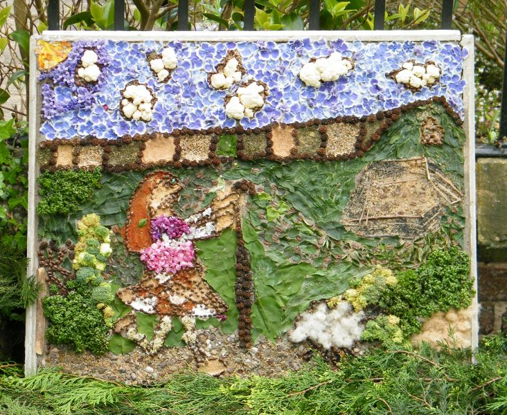 Etwall 2015 - Mill Meadow Way Children's Well Dressing