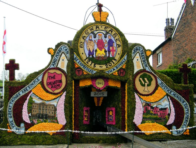 Endon 2015 - Village Fountain Well Dressing