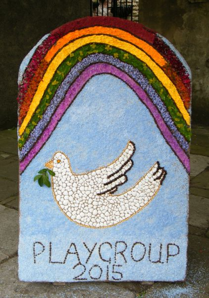 Wirksworth 2015 - Playgroup Well Dressing