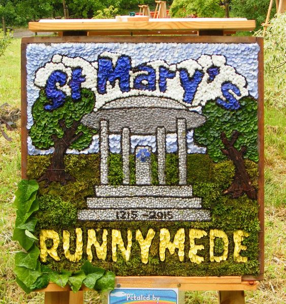 Disley 2015 - St Mary's Story Telling Team Well Dressing
