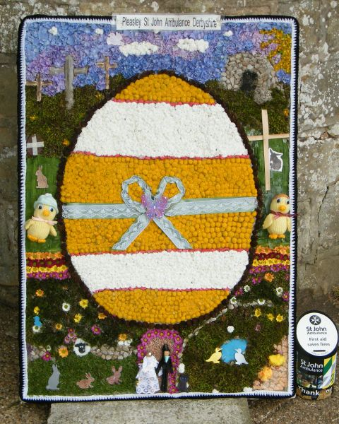 Pleasley 2015 - St John Ambulance Well Dressing