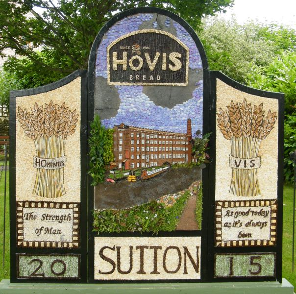 Sutton Lane Ends 2015 - The Pleasance Well Dressing