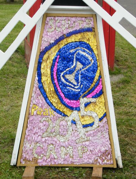 Pilsley (near Bakewell) 2015 - Windmill Well Dressing