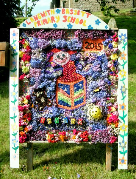 Upper Langwith 2015 - Langwith Bassett Primary School Well Dressing