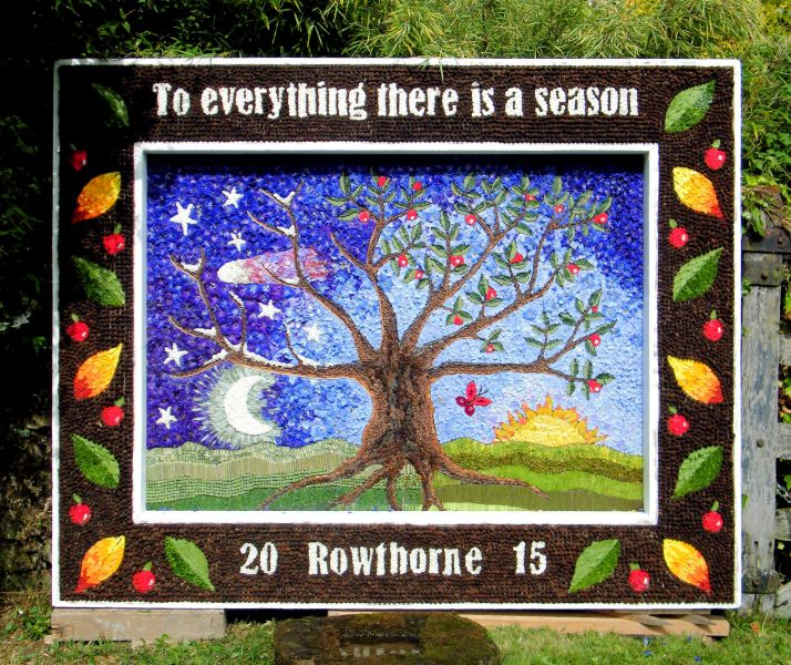 Rowthorne 2015 - Village Well Dressing