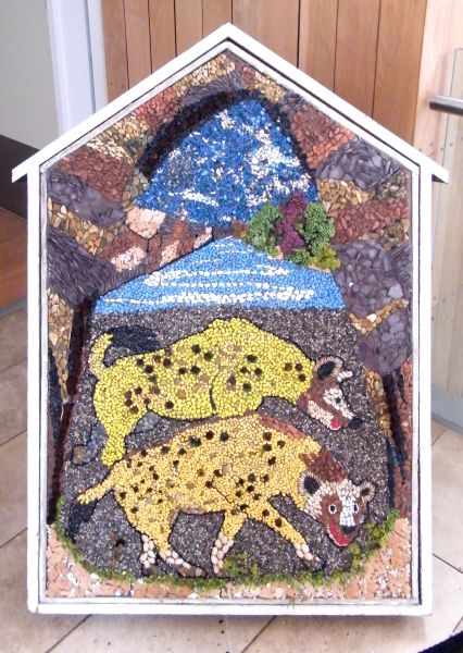 Creswell Crags 2015 - Visitor Centre Well Dressing