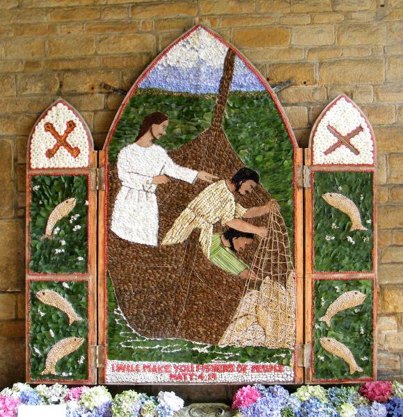 Chesterfield 2015 - St Mary and All Saints Church Well Dressing