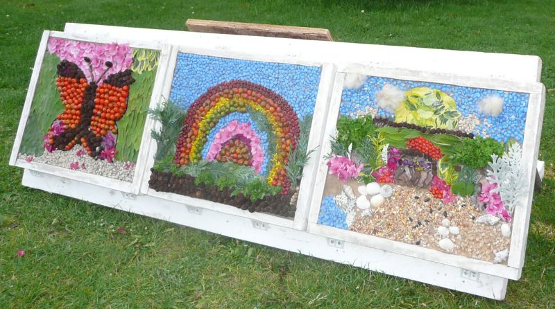 Clowne 2015 - Wildlife Discovery Day Well Dressing