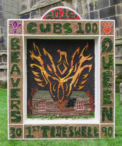 Tideswell 2016 - Scout Group Well Dressing