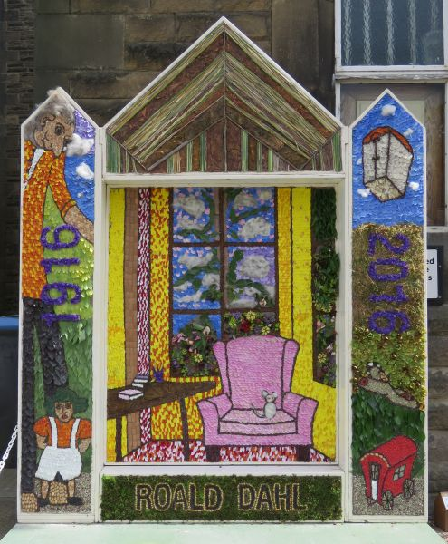Chapel-en-le-Frith 2016 - Town Well Dressing