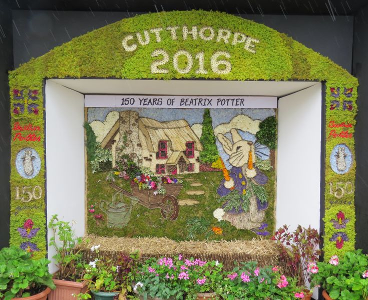 Cutthorpe 2016 - Village Well Dressing