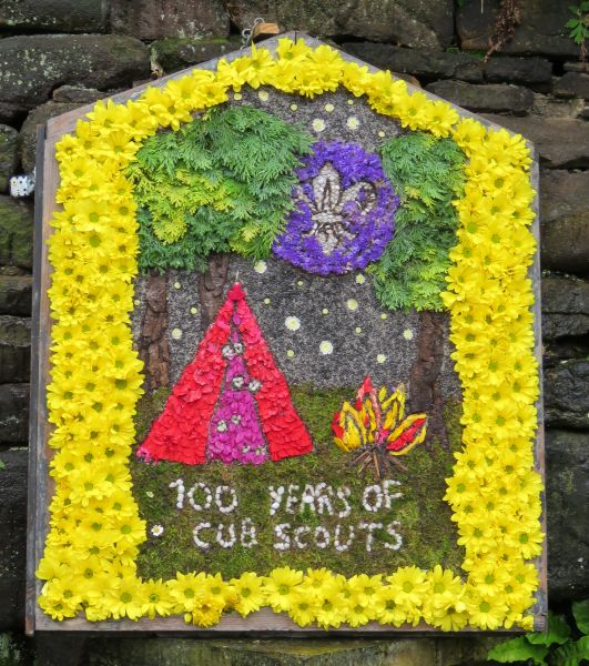 Charlesworth 2016 - Charlesworth School Well Dressing (2)