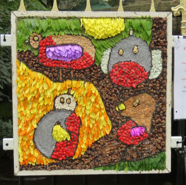 Hayfield 2016 - Kinder Kids Well Dressing