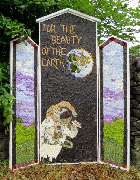 Peak Forest 2016 - Village Pump Well Dressing