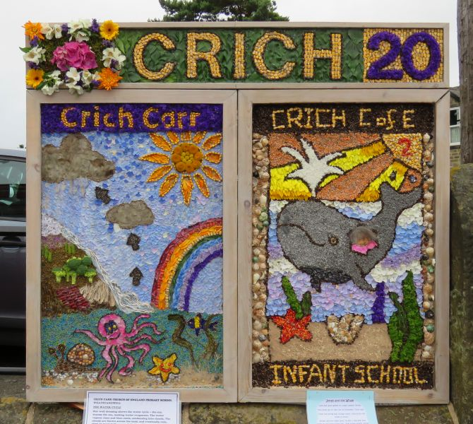 Crich 2016 - Market Place Well Dressing (1)