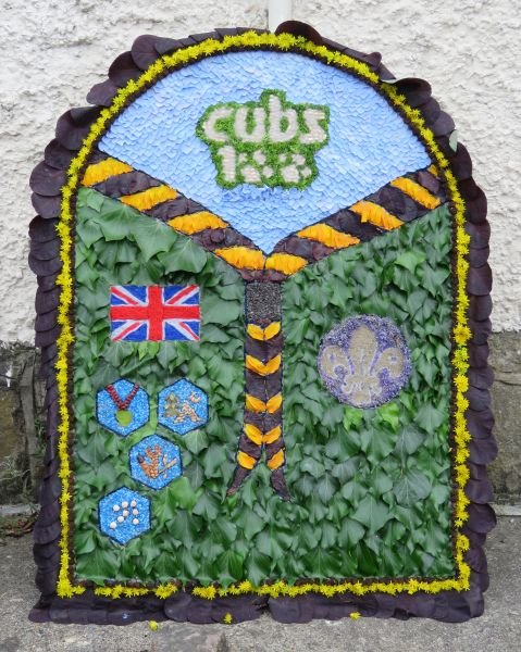 West Hallam 2016 - Charlotte & Libby's Well Dressing